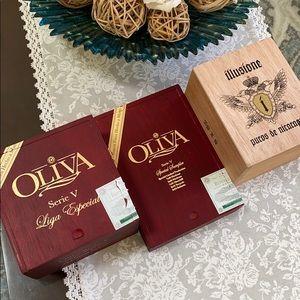Wooden cigar box bundle